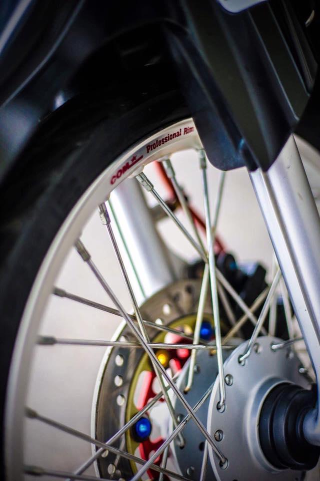 Yamaha Sirius do kieng day phong do cua biker Kien Giang - 6