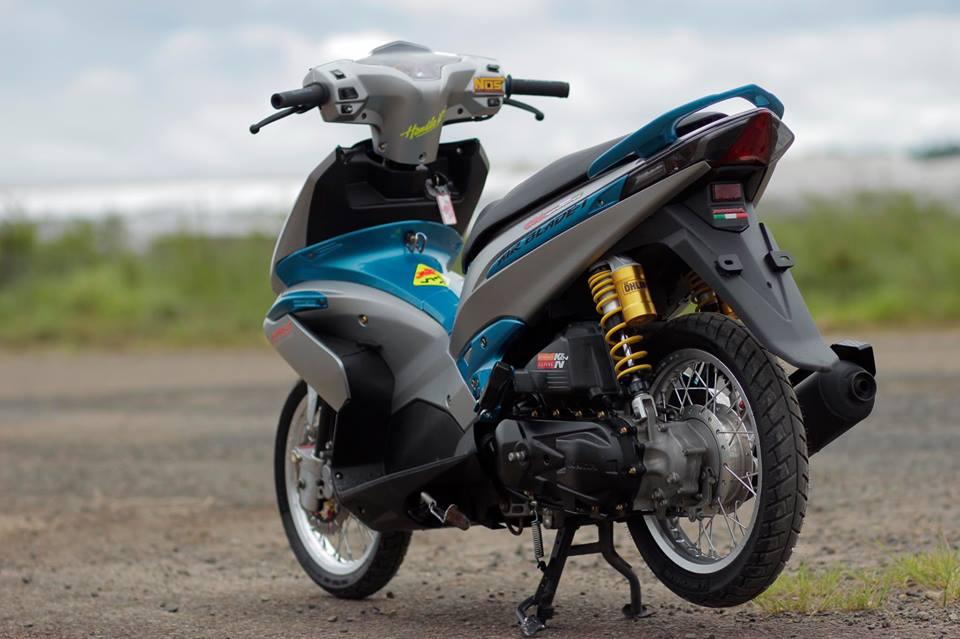 Air blade do tung hoanh giua con duong hoang so cua biker Viet - 6