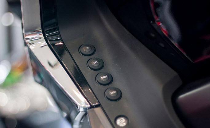BMW K1600B 2018 dau tien cap cang Sai Gon voi gia 125 ty dong - 5