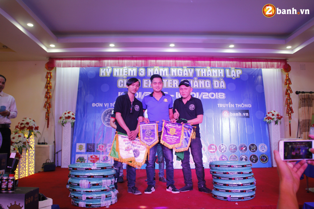 Club Exciter Quang Da mung sinh nhat lan III day hoanh trang - 36