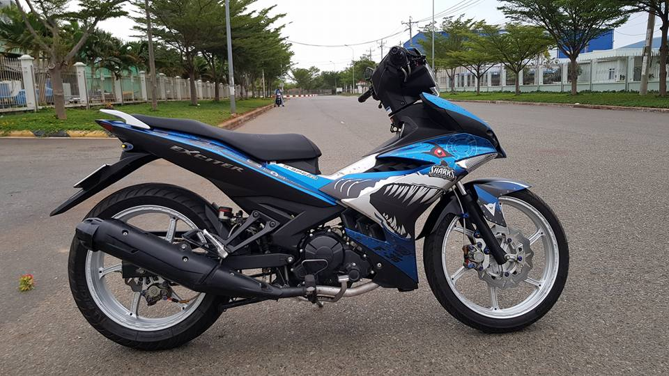 Exciter 150 do chat voi dan chan cung cap ket hop cung bo canh ca map