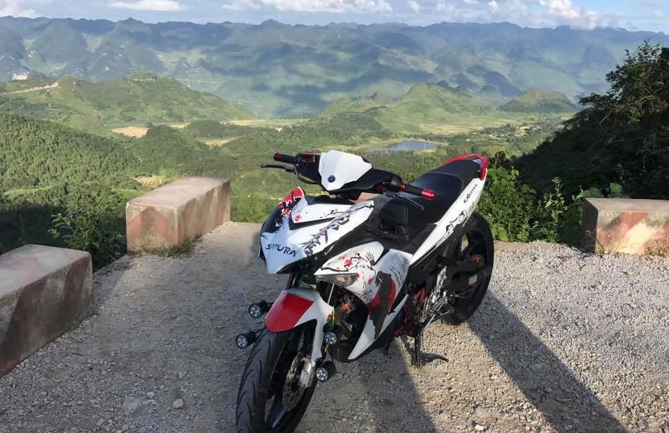 Exciter 150 do do dang cung canh dep hoang so hung vi cua nui rung Ha Giang - 4