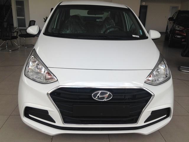 Gia xe Hyundai i10 2018 12MT base du mau giao xe ngay - 5