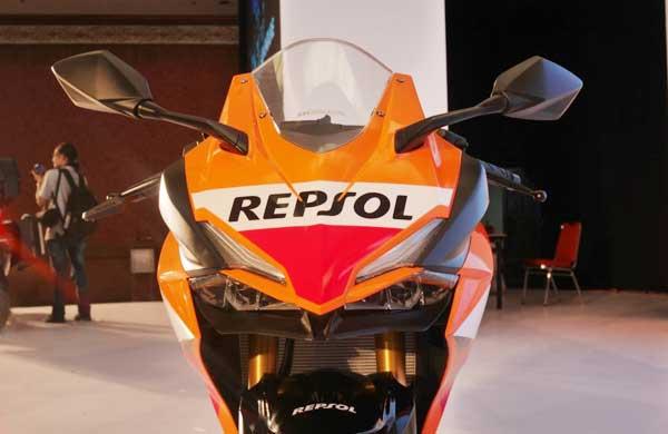Honda CBR250RR Phien ban Repsol 2018 ve VN co gi hot - 3