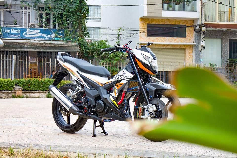 Honda Sonic 150R do cuc KHUNG voi khoi do choi hoang toc cua biker Viet - 15