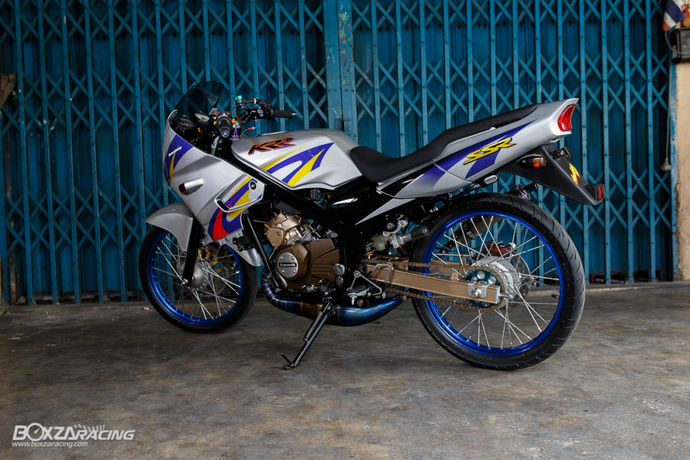 Kawasaki Kips 150 do kieng cuc khung voi dan do choi hang hieu - 23