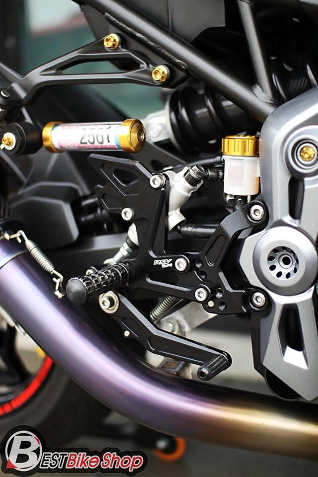 Kawasaki Z900 Nakedbike pho dien trang bi cong nghe toi tan - 10