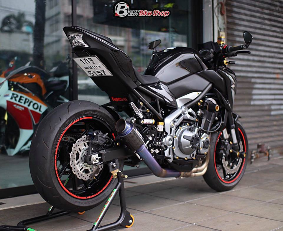 Kawasaki Z900 Nakedbike pho dien trang bi cong nghe toi tan - 12