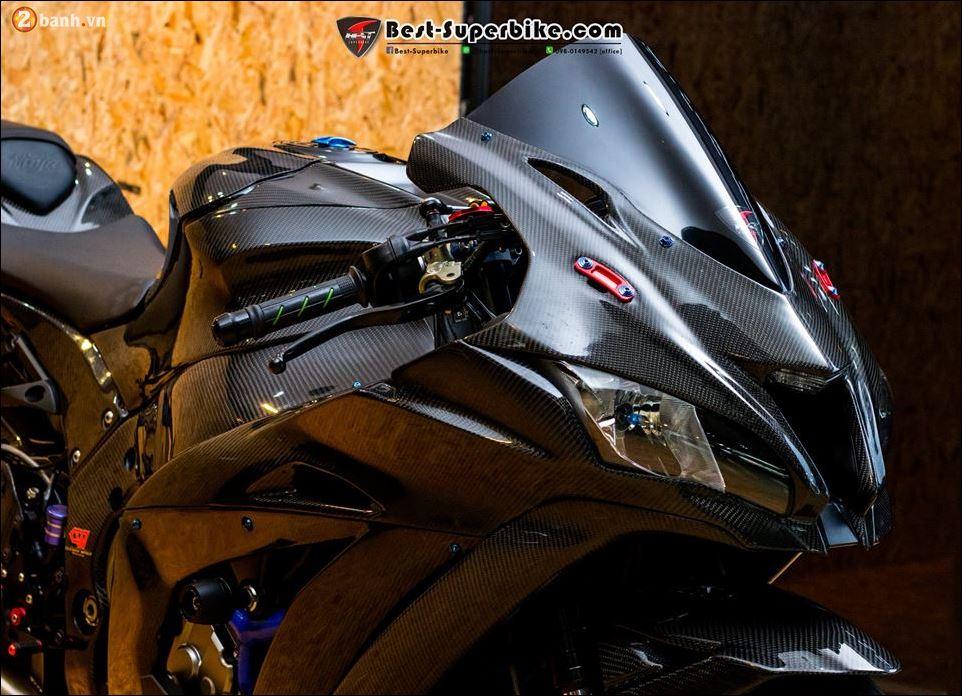 Kawasaki ZX10R ban do buc pha khong ty vet tu option Carbon Clever Wolf - 4