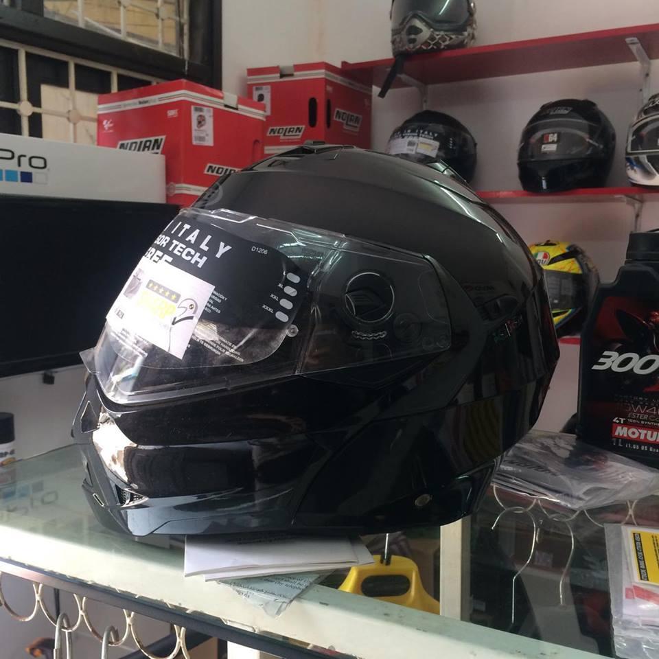Moto299 Mu bao hiem lat ham Caberg Duke tai Ha Noi - 2