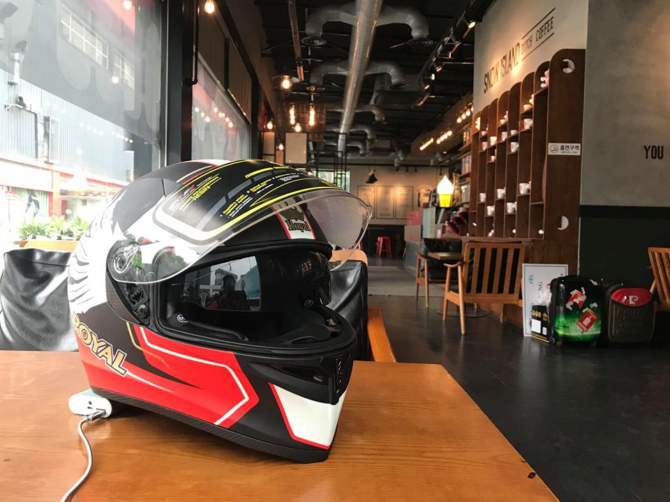 Moto299 Nhung mau mu bao hiem Royal moi nhat tai Ha Noi - 2