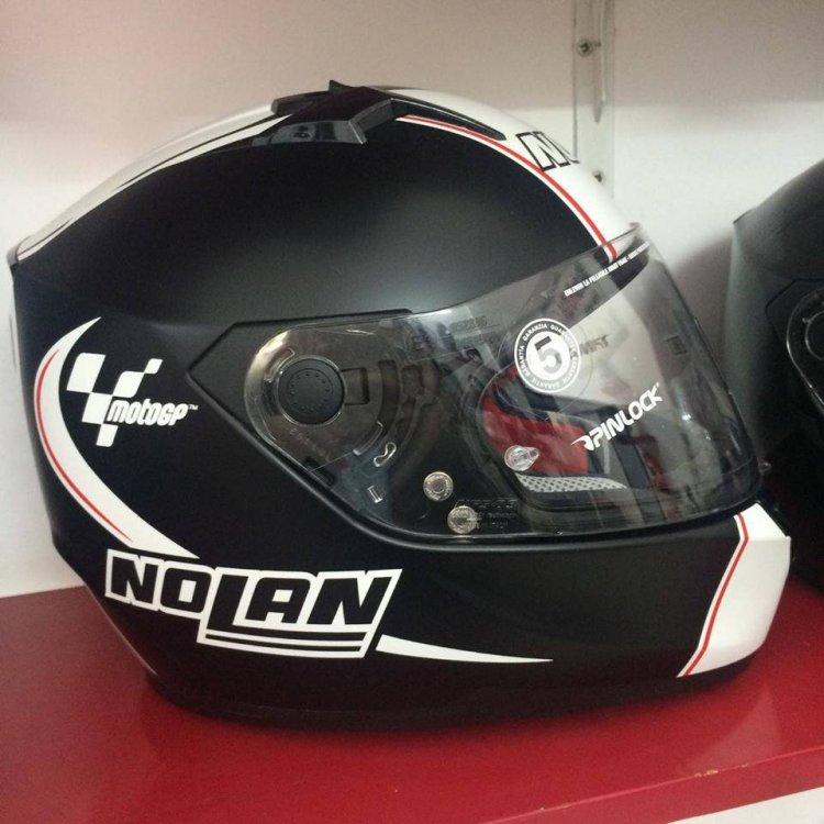Motobox299 Nolan N64 MotoGP Flat Black su quan hut cua toc do