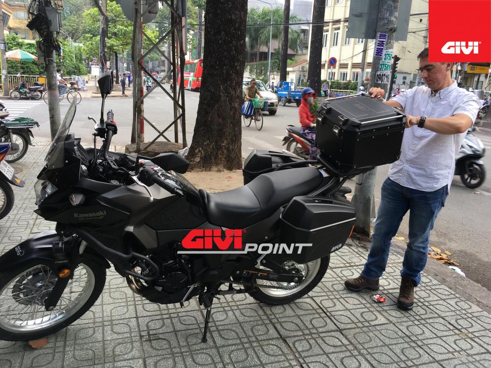 Thung sau GIVI cho cac dong xe - 17
