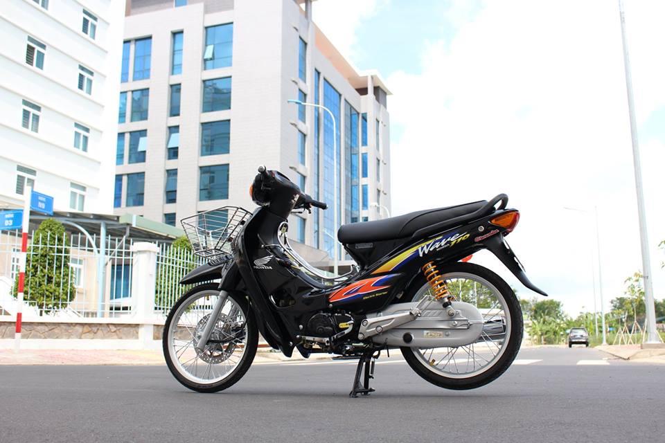 Wave 110 Dua con tinh than voi rat nhieu do choi khung cua biker Viet