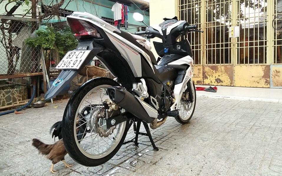 Winner 150 do dang yeu voi doi chan mong manh nhu chan ga - 7