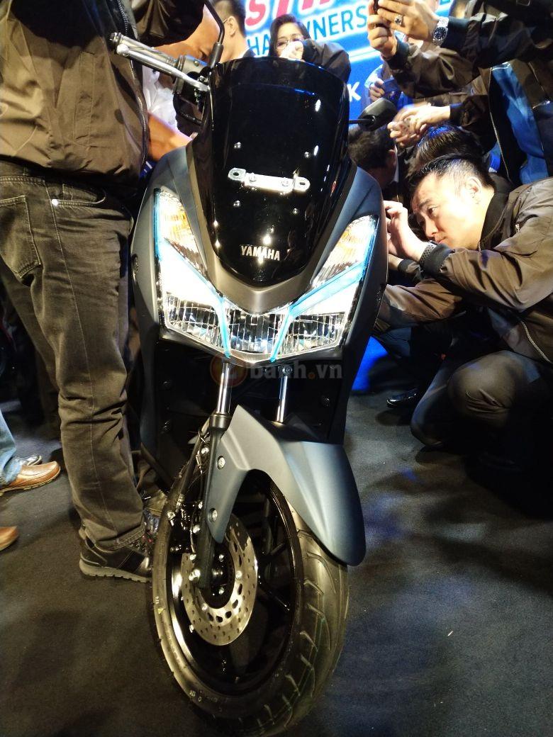 Yamaha Lexi 125 2018 Bat ngo ra mat voi kieu dang la mat - 3