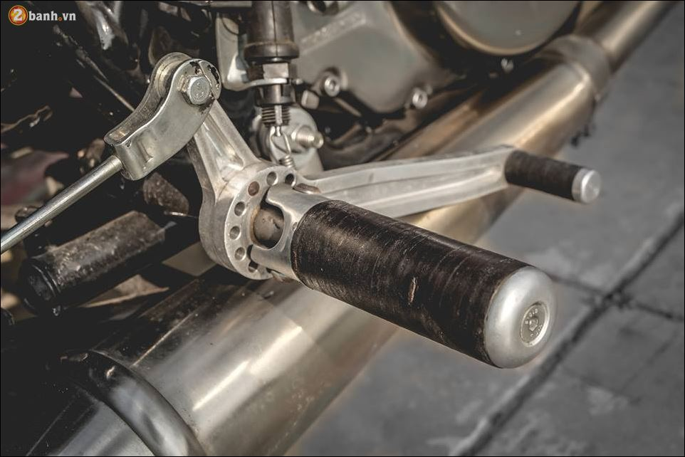 Yamaha SR400 ban do ngat ngay den tu Zeus Custom - 12