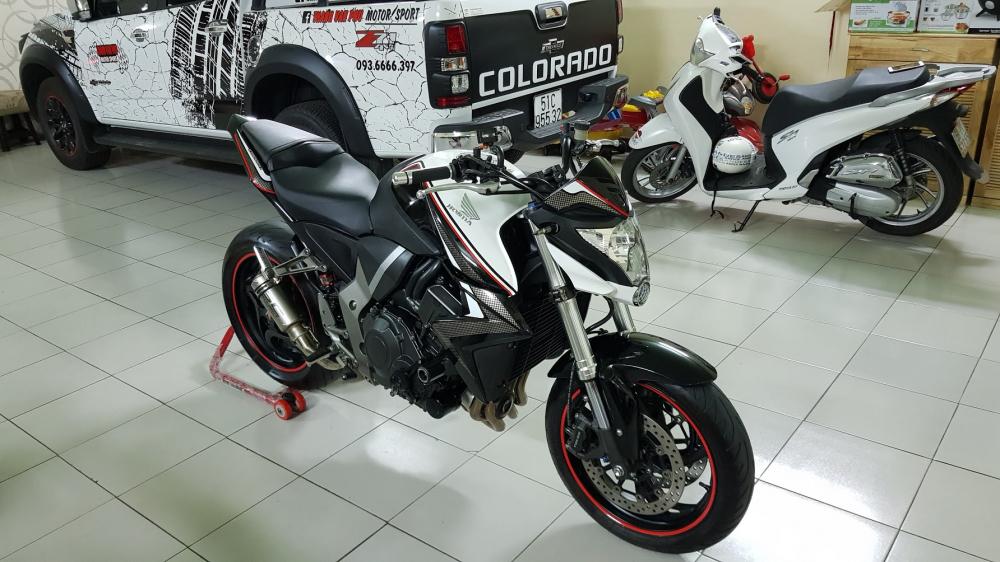 Ban Honda CB1000R 112010 HQCNHISSODO 26KBien So Saigon - 10