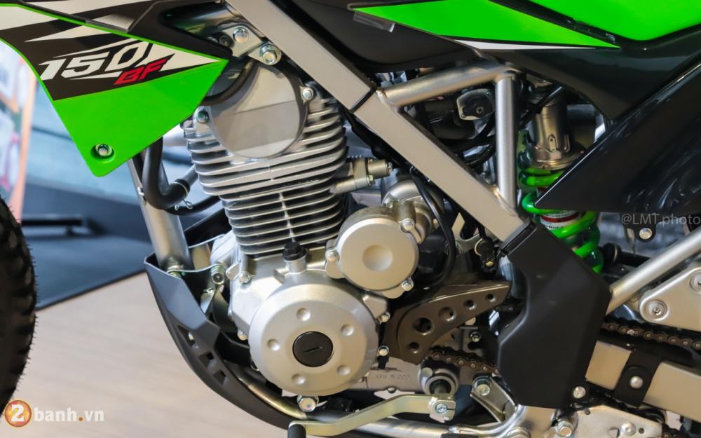 Can canh chi tiet Kawasaki KLX 150 gia tu 79 trieu dong - 16