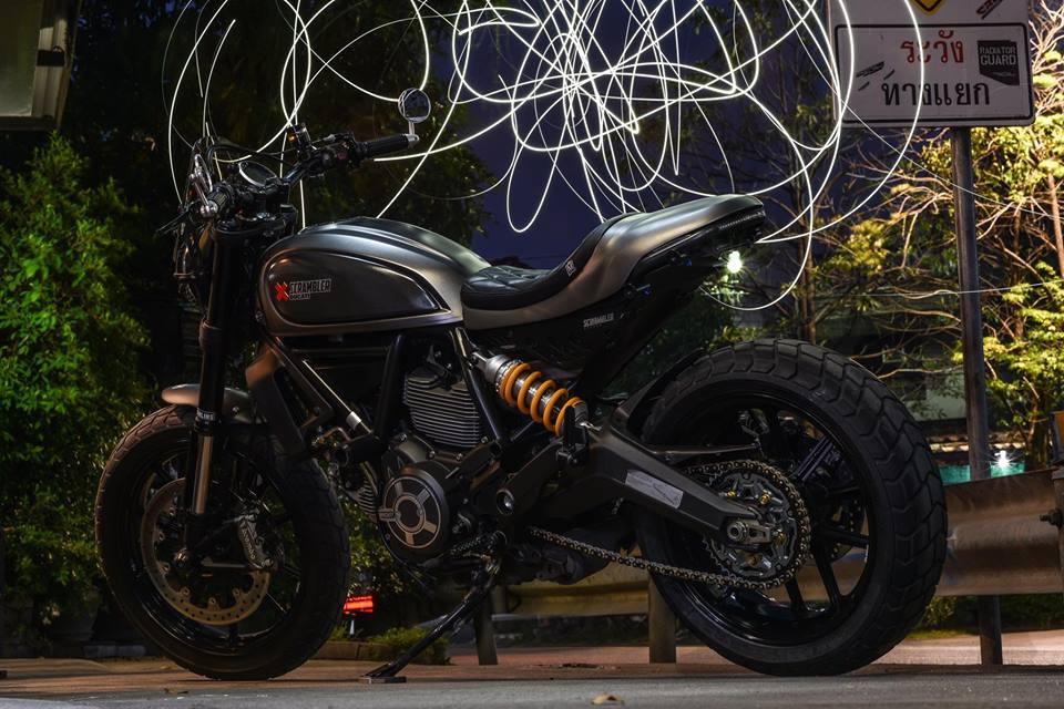 Ducati scrambler ve dep hoan my buoc ra tu xuong do Mugello