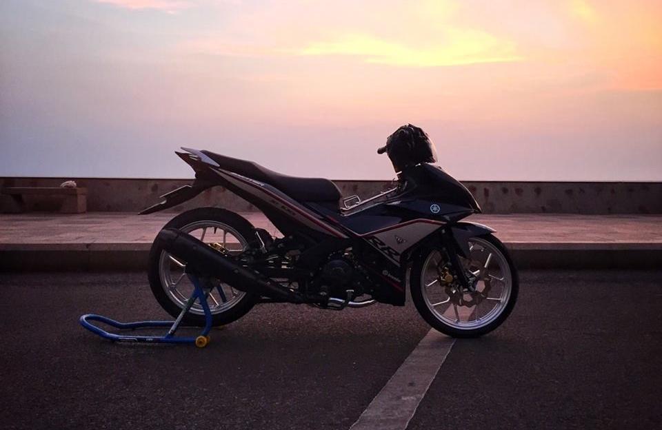 Exciter 150 do don gian day nang dong cua biker vung bien - 9