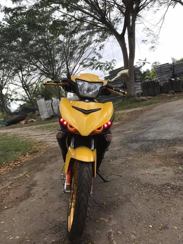 Exciter 150 do tang dong nhe voi khoi do choi tone vang cua biker Tay Ninh - 4