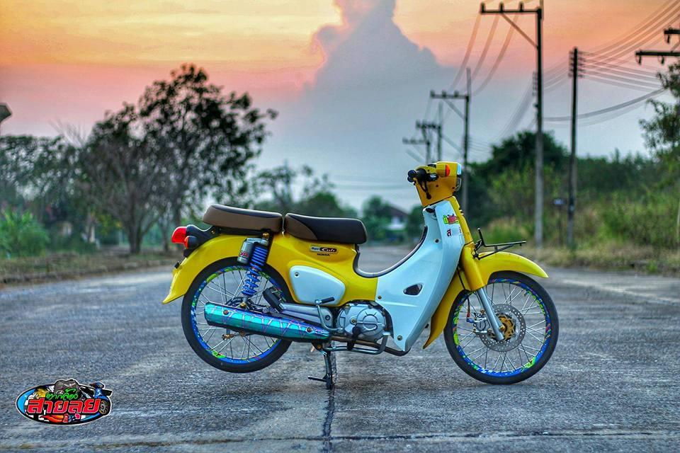 Honda Cub do voi option do choi kieng gia tri cua biker Thailand - 11