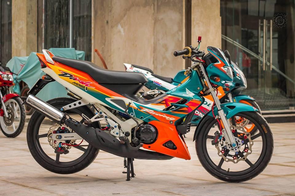 Honda Nova Dash Dua con cua gio cung loat do choi khung tu Biker mien tay - 8