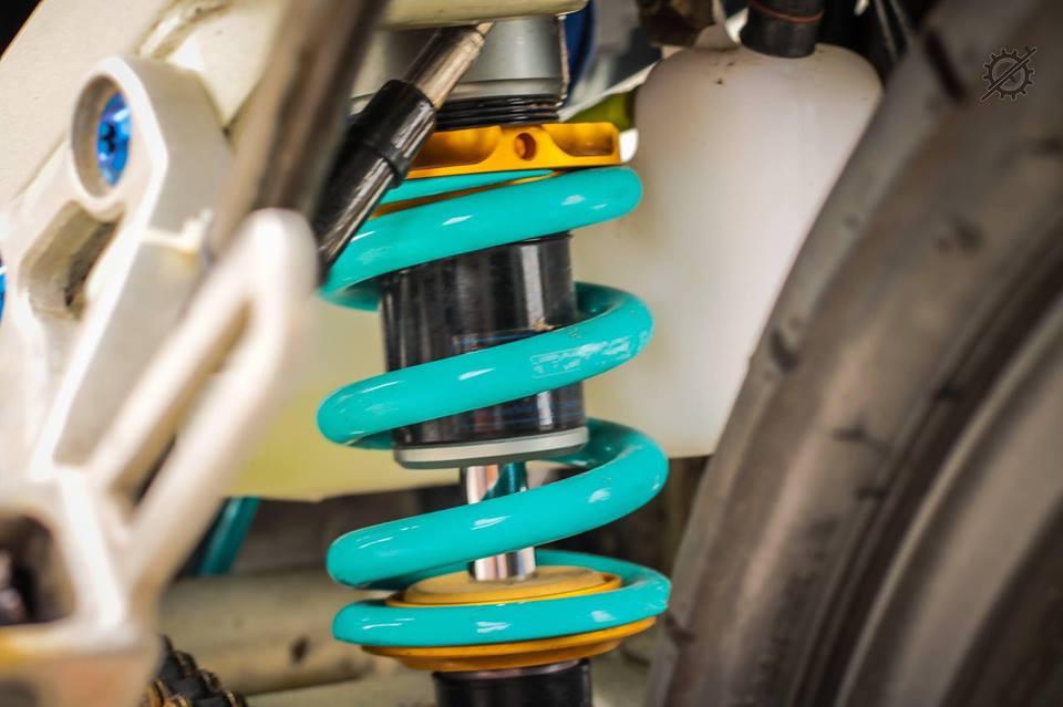 Honda Nova Dash Dua con cua gio cung loat do choi khung tu Biker mien tay - 11