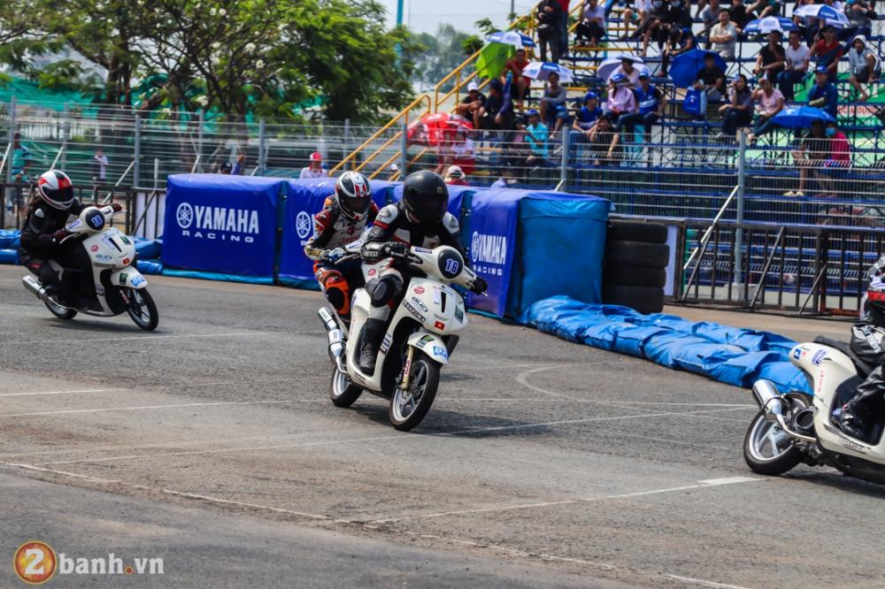 Nhin lai nhung diem noi bat cua giai dua xe Yamaha GP 2018 tai SVD Phu Tho - 16