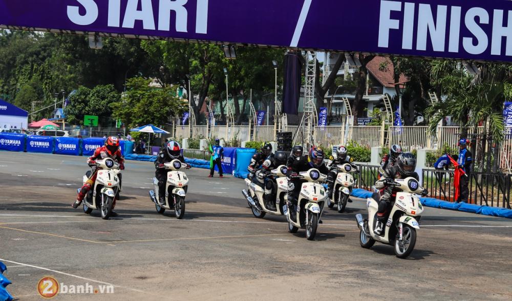 Nhin lai nhung diem noi bat cua giai dua xe Yamaha GP 2018 tai SVD Phu Tho - 13