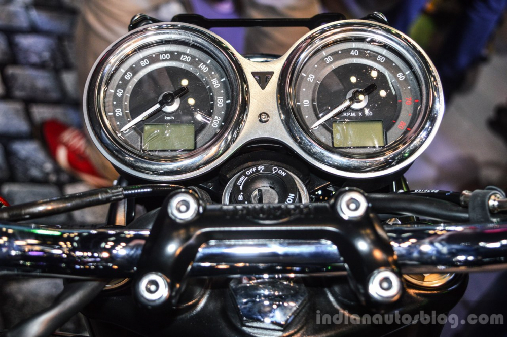 So sanh Kawasaki Z900RS vs Triumph Bonneville T120 - 7