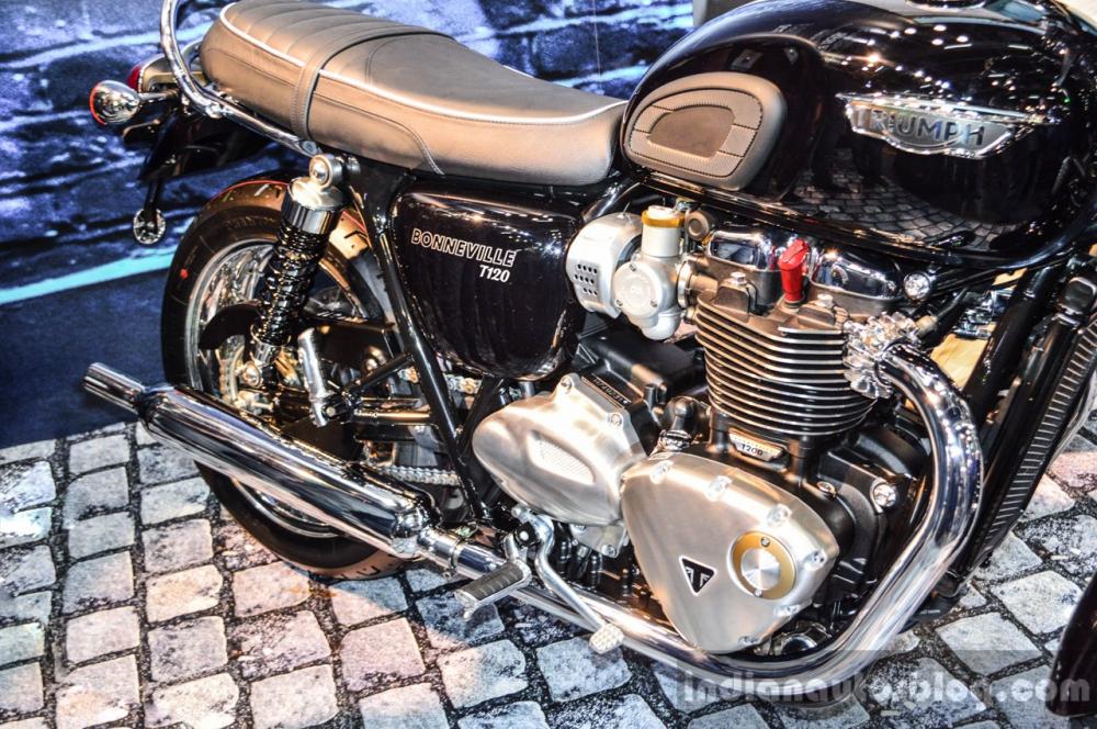 So sanh Kawasaki Z900RS vs Triumph Bonneville T120 - 11