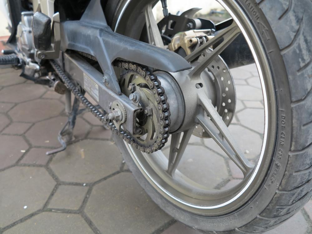 Ban Exciter 135cc con tay may khoe boc xe dep 245 trieu dong - 4