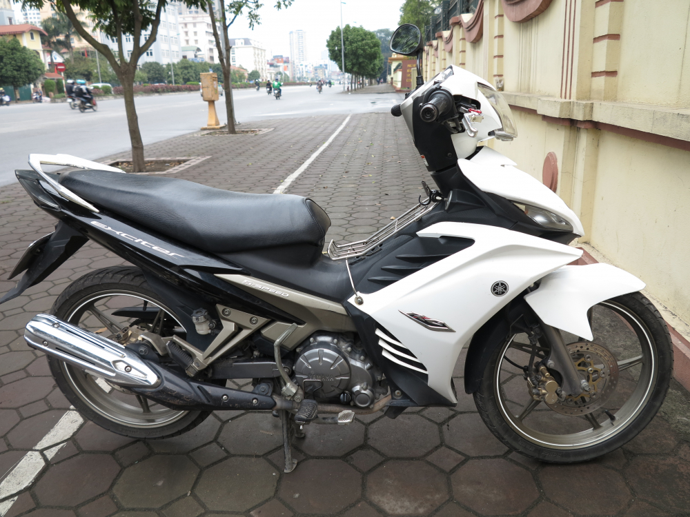 Ban Exciter 135cc con tay may khoe boc xe dep 245 trieu dong - 6