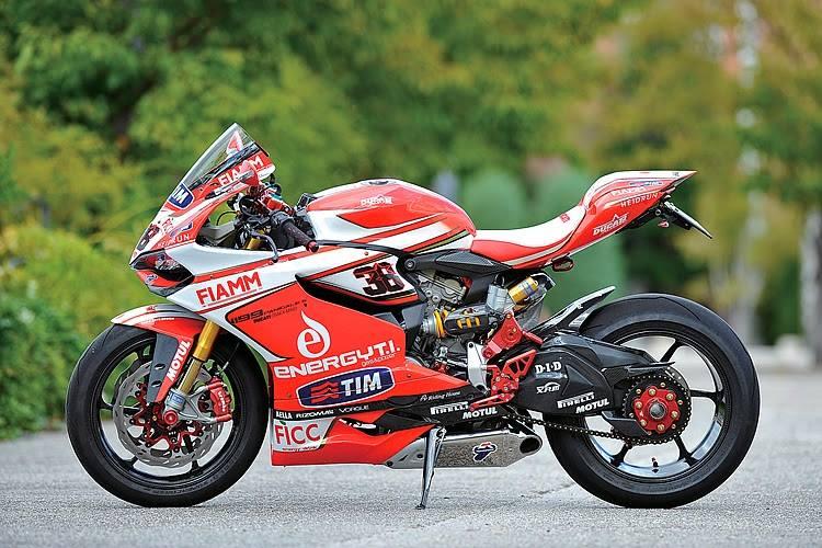 Ducati 1199 Panigale co may mang day cong nghe khoac ao tem dau - 9
