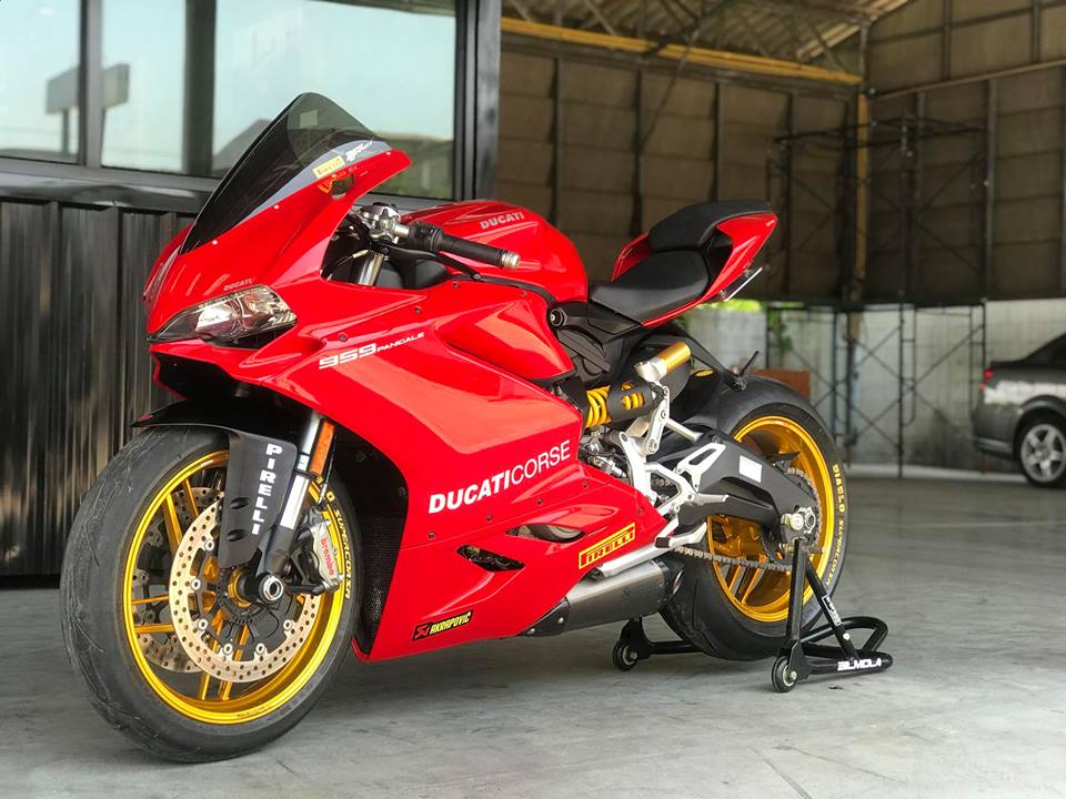 Ducati 959 Panigale ban nang cap nhe nhang quyen ru
