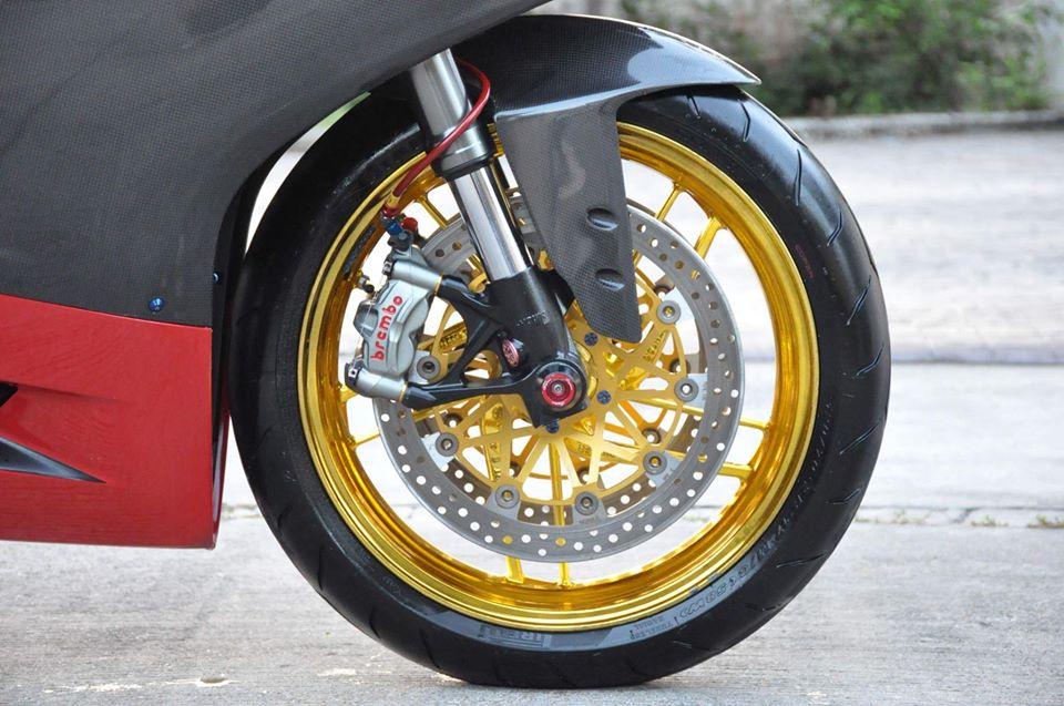 Ducati Panigale 899 do nhe cuc chat den tu Xu chua Vang - 10