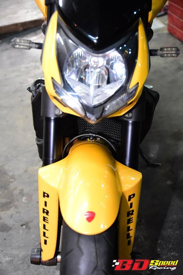 Ducati Streetfighter ga khong lo mang ten Ong bap cay - 4