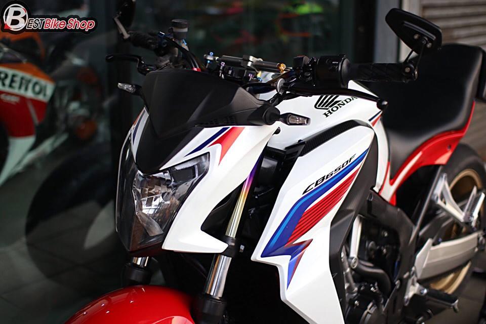 Honda CB650F ban nang cap voi nhieu phu kien an tuong - 4
