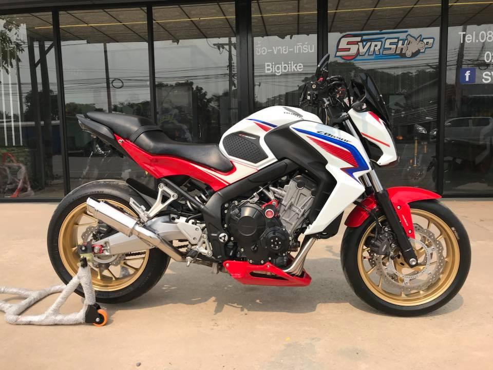 Honda CB650F ve dep phong tran tu mau Nakedbike tam trung