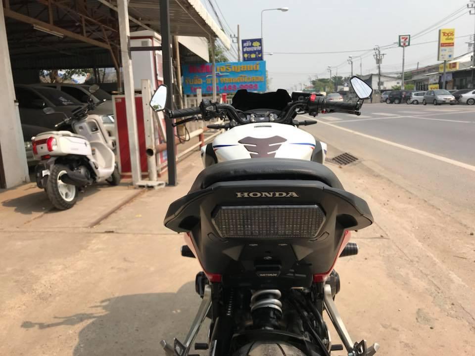 Honda CB650F ve dep phong tran tu mau Nakedbike tam trung - 8