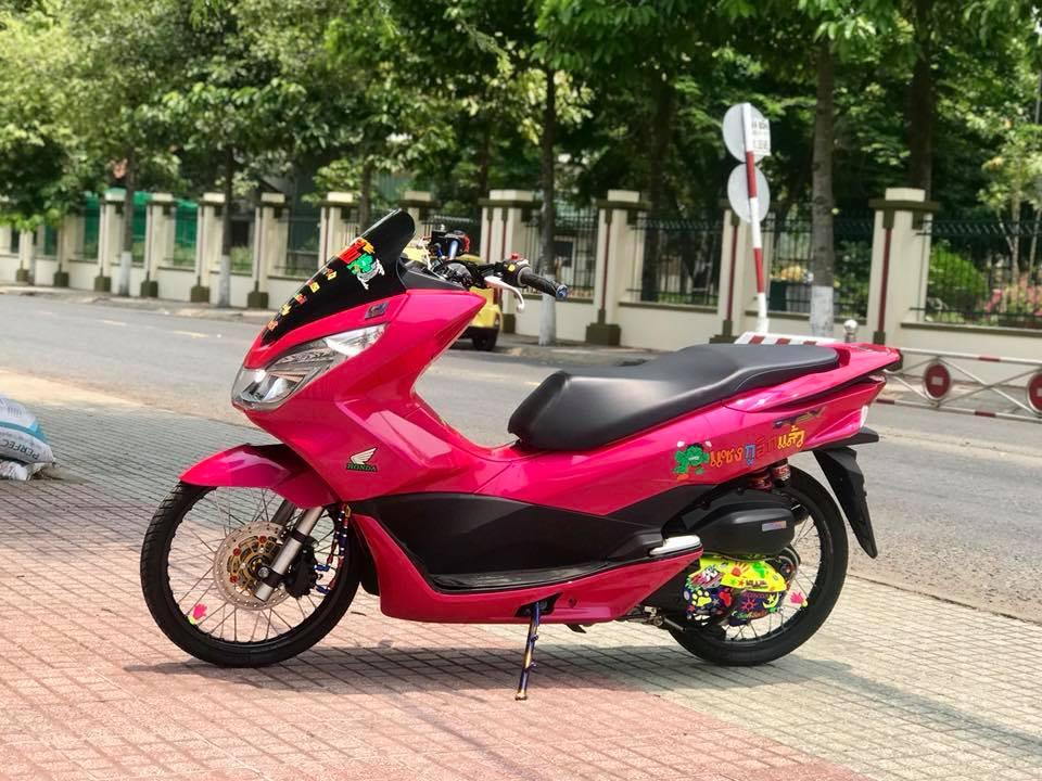 Honda PCX cua chang Biker Viet lot xac phong cach Thai day xinh xan - 10