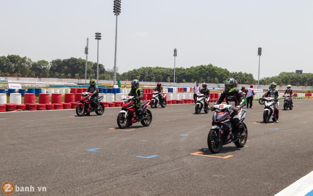 Honda Viet Nam mo man Giai dua xe Mo to toan quoc nam 2018 tai truong dua Dai Nam - 13