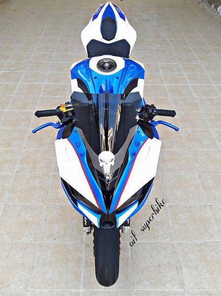 Kawasaki Z800 lot xac khong tuong voi dien mao hoan toan khac biet - 5