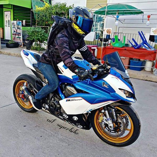 Kawasaki Z800 lot xac khong tuong voi dien mao hoan toan khac biet - 11