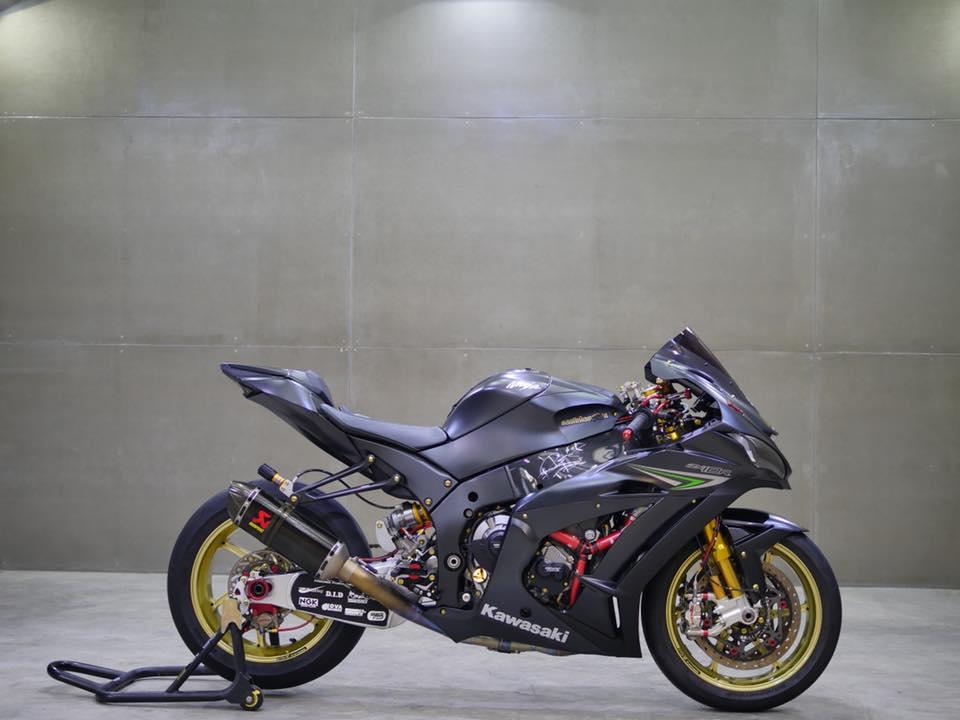 Kawasaki ZX10Rdep rang ngoi ma khong choi loa