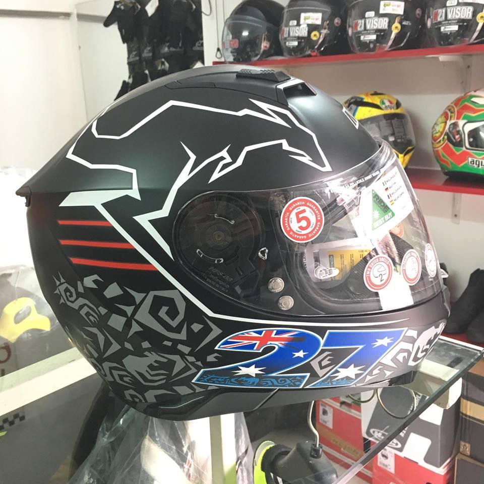 motobox Nolan N87 Stoner Black in hinh chuot tui