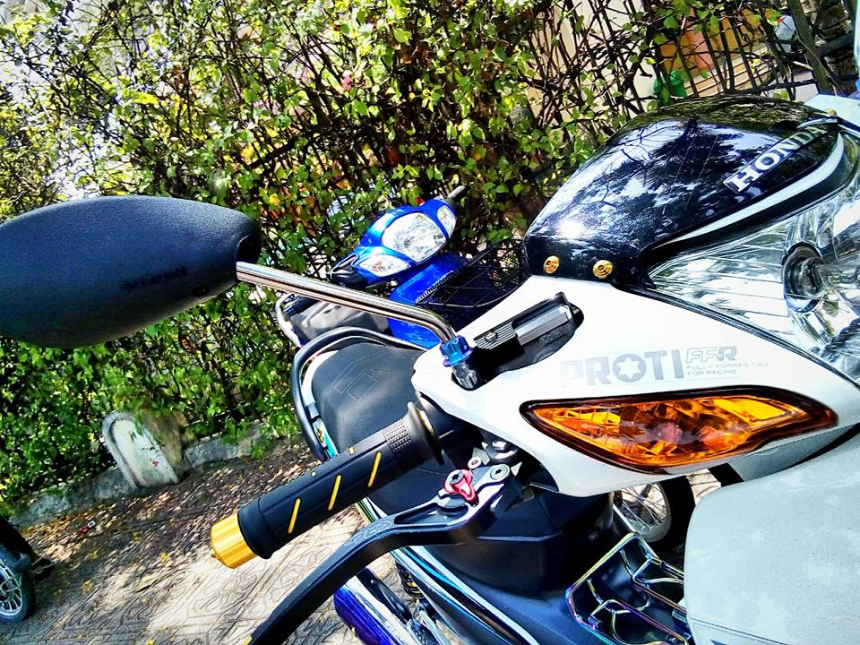 Ngam nhin Wave A do sieu dep cua Biker Sai Gon - 4