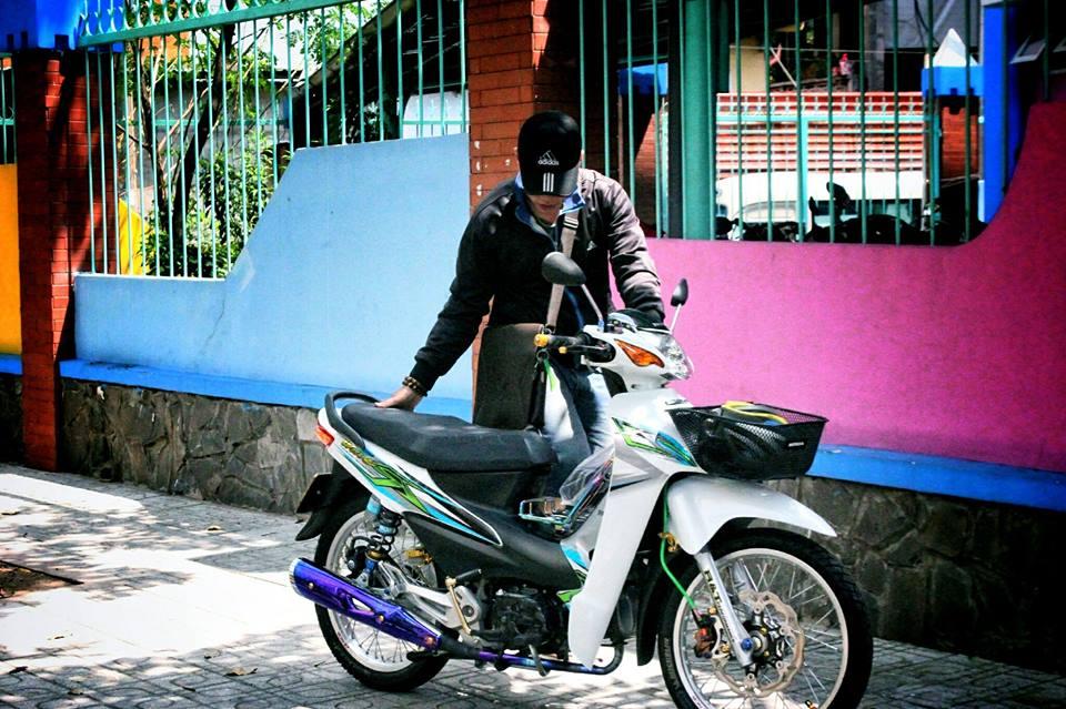 Ngam nhin Wave A do sieu dep cua Biker Sai Gon - 10